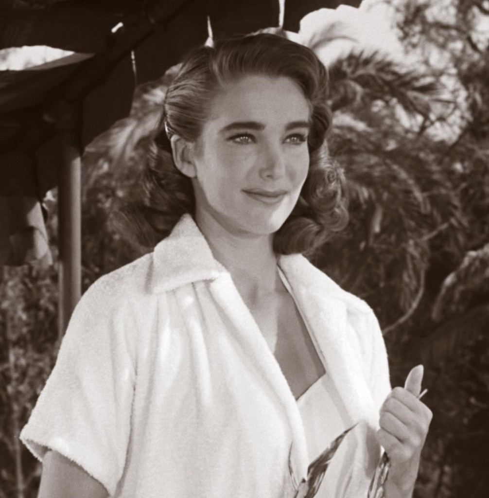 julie-adams-creature-black-lagoon-05